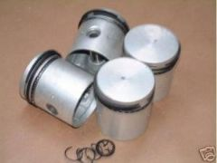 Set New Pistons Ford 100E